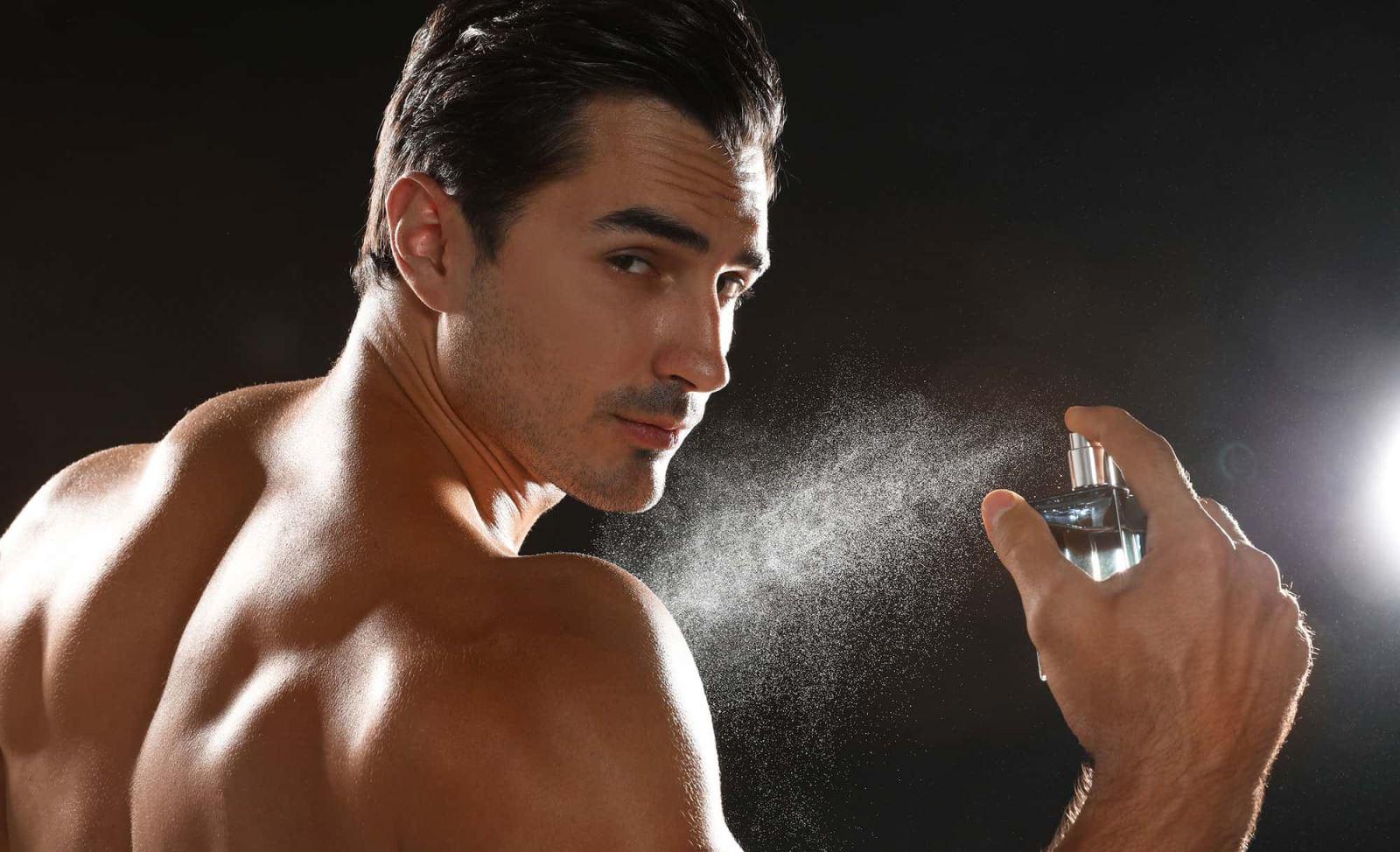 Cách sử dụng nước hoa chuẩn như chuyên gia để giữ hương thơm lâu