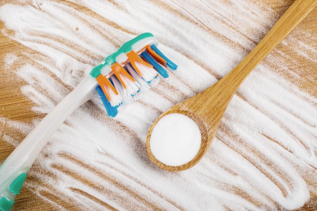 Cách làm trắng răng tự nhiên, không dùng hóa chất
