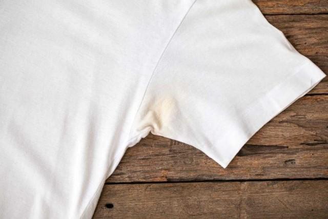 tẩy quần áo, tẩy trắng quần áo, cách tẩy trắng quần áo