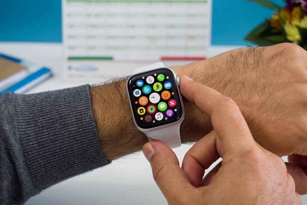 Bạn muốn mua đồng hồ thông minh? Hãy để tâm đến 6 lưu ý sau