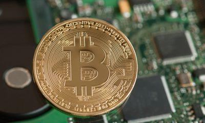 Giá Bitcoin hôm nay 15/4: Các đồng tiền ảo tăng giảm trái chiều