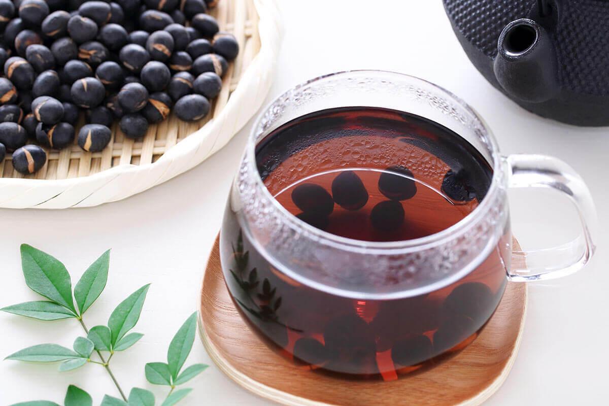 Uống nước đậu đen có tác dụng gì? 8 công dụng sau sẽ khiến bạn bất ngờ