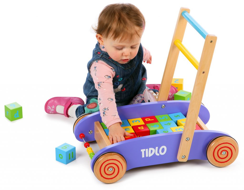 xe tập đi em bé, xe tập đi bằng gỗ, xe tập đi cho trẻ