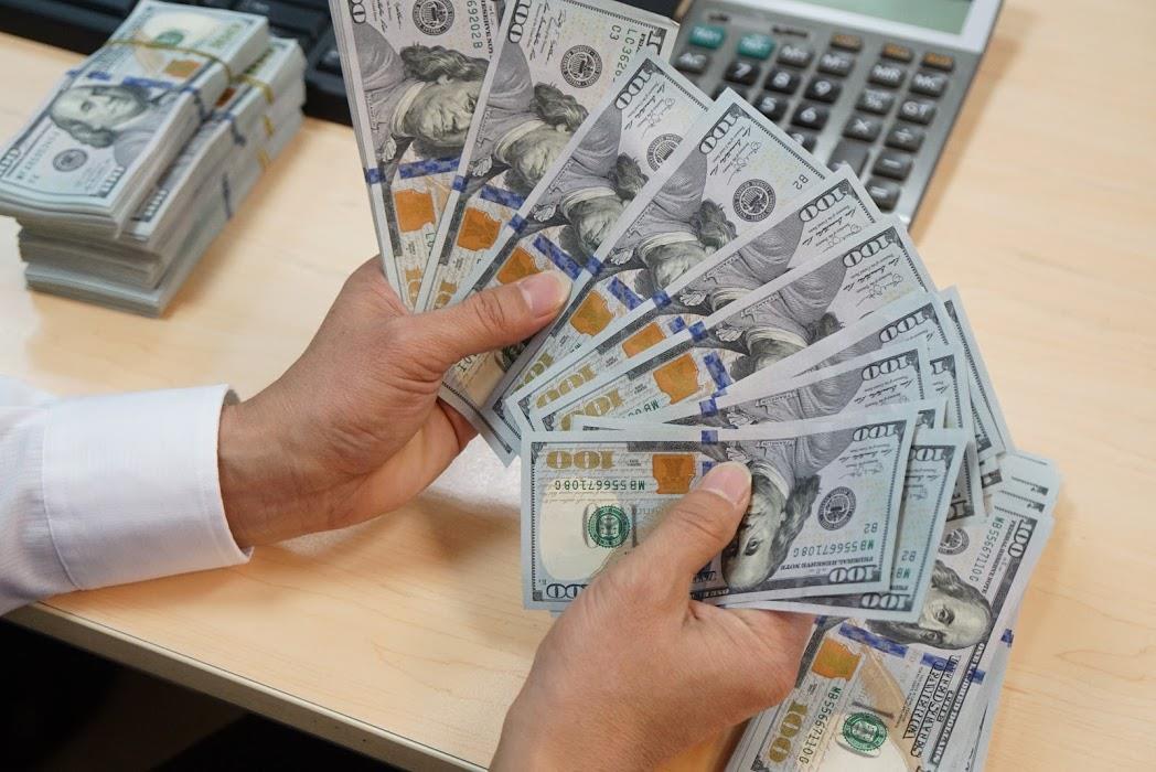 Tỷ giá Vietcombank hôm nay 12/11: Nhiều ngoại tệ quay đầu lao dốc