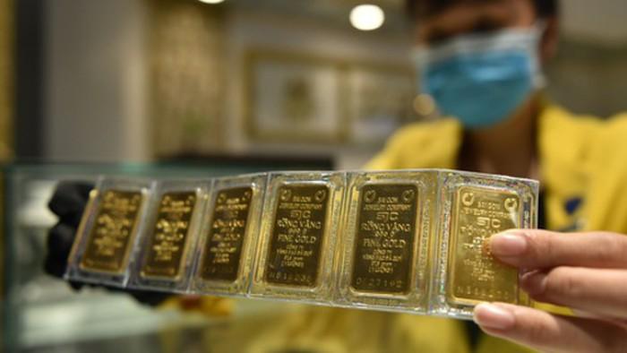 Giá vàng hôm nay 8/1: Vàng SJC giảm mạnh, người mua lỗ ngay gần 1 triệu đồng/lượng