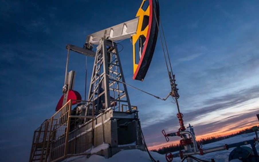 Giá xăng dầu hôm nay 3/1: Tăng tốt nhưng vẫn còn nhiều bấp bênh