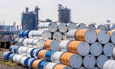 Giá xăng dầu hôm nay 4/1: Giá dầu giảm bất chấp các thông tin tích cực