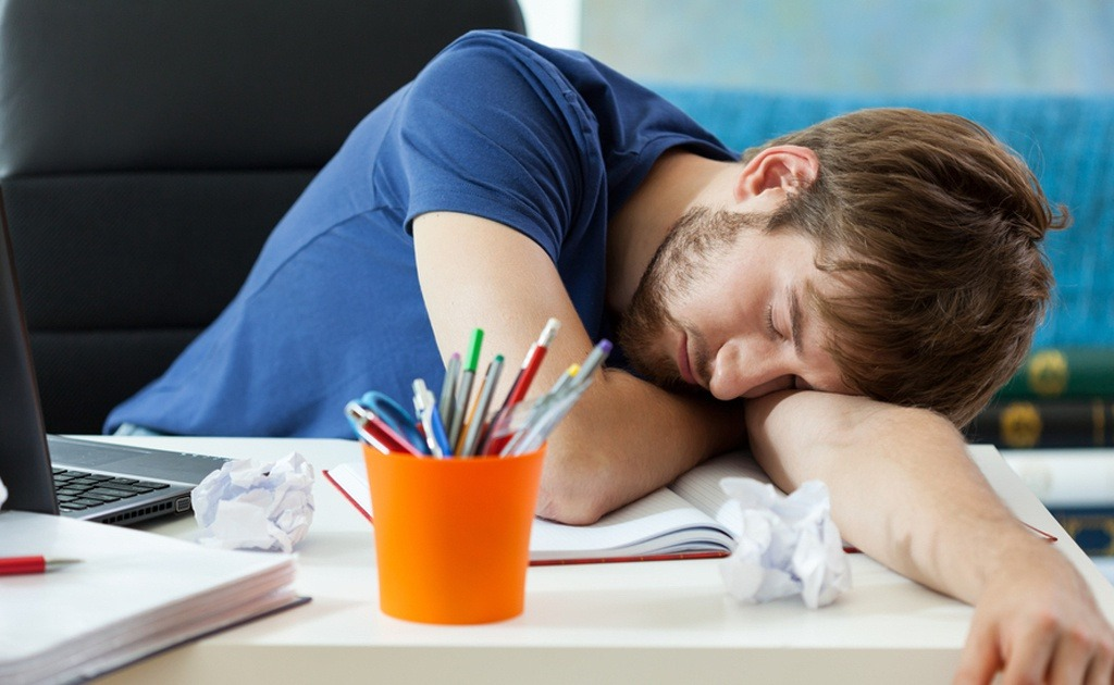 ngủ nhiều có tốt không, ngủ nhiều, ngủ nhiều tốt không, tác hại ngủ nhiều