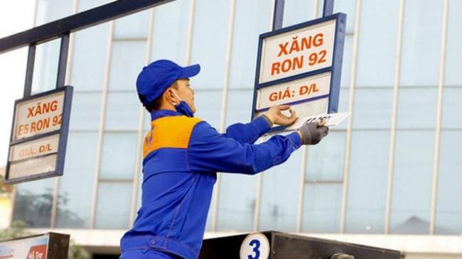 Giá xăng dầu hôm nay, giá xăng dầu 27/12, giá xăng hôm nay, giá xăng 95, giá xăng tăng